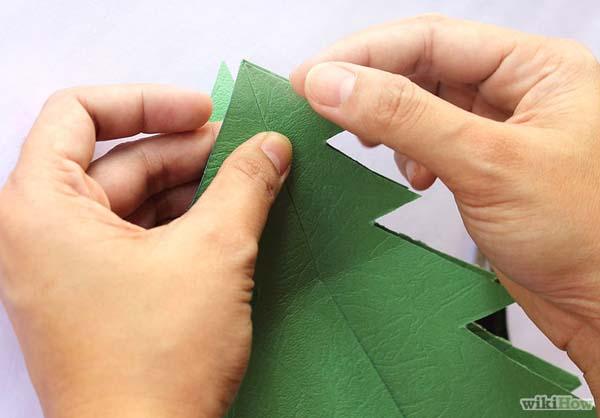 hacer-arbol-de-navidad-con-carton